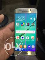 samasung s6 edge gold color zih b cheche ma be assir 3leh as new