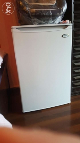 Campomatic Freezer like new ثلاجة