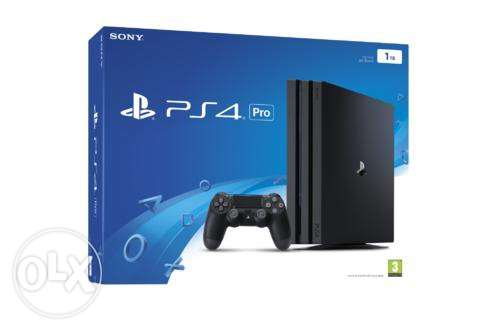 Brand new PS Pro 1TB for sale 2controllers+fifa 17 arabic edition 550$