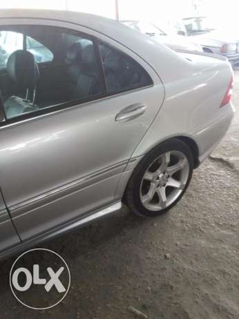 Mercedes 2007 Look amg C230 5ar2a هلالية -  6
