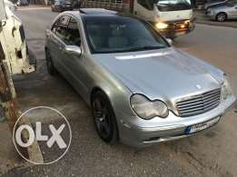 C240 model 2001 super clean ma badha chi 2ngaz very good condition sil