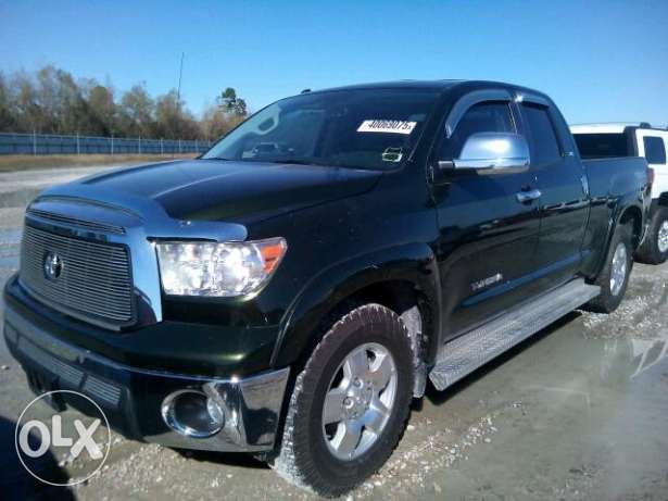 Toyota Tundra 2012- 4.7 L engine. 2WD. as new 22k negotiable or trade المرفأ -  1