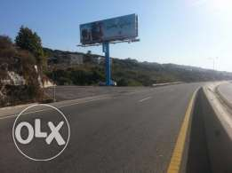 Land on HIGHWAY for rent (كفر عبيدا)