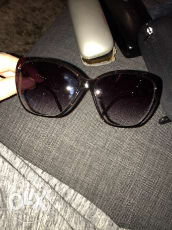 woman sunglasses