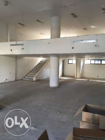 Office / Show room 250m2 Mar Mkhayel
