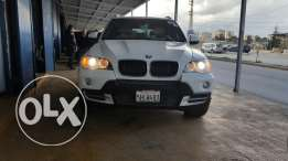 Bmw x 5 very neue and clean carfax and sportbagedg