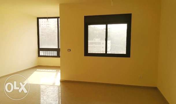 For Rent in Dbayeh 135sqm Apartment for 600$/Month