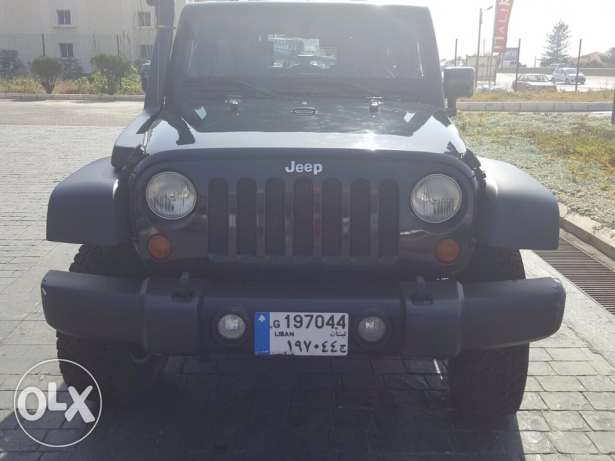 jeep / wrangler for sale in excellent condition ! clean carfax