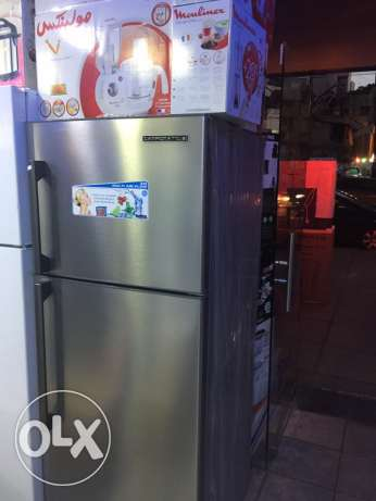 refrigerator 18 feet stainless with one year warranty ( new)