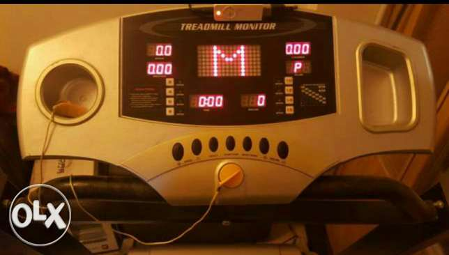 Treadmill verry good condition/with free fitness ball from USA زلقا -  5