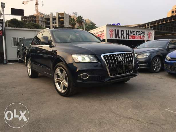 Audi Q5 S Line 2009 Blue Black Top of the Line in Excellent Condition! بوشرية -  1