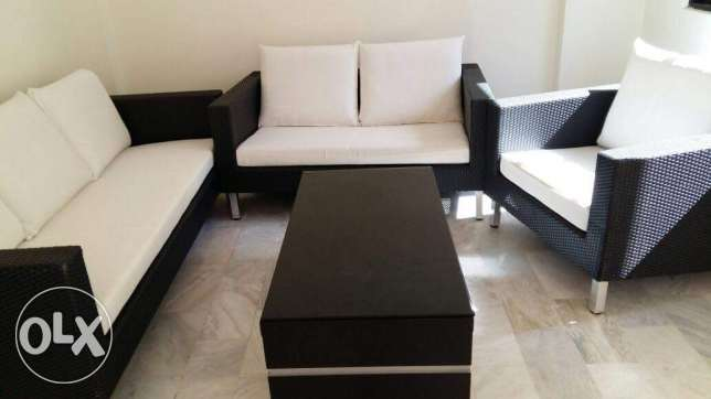 Bamboo great condition barely used set with table مار مخايل -  1