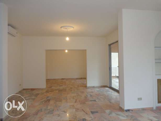 Apartment for RENT - Ras Beirut 220 SQM