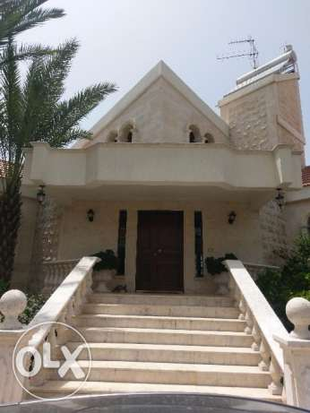 House villa for rent in the heart of a private area in amchit jbeil