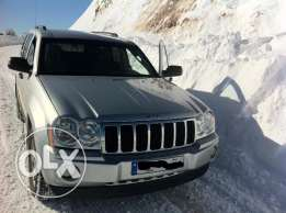 2006 Grand Cherokee Laredo Excellent Condition