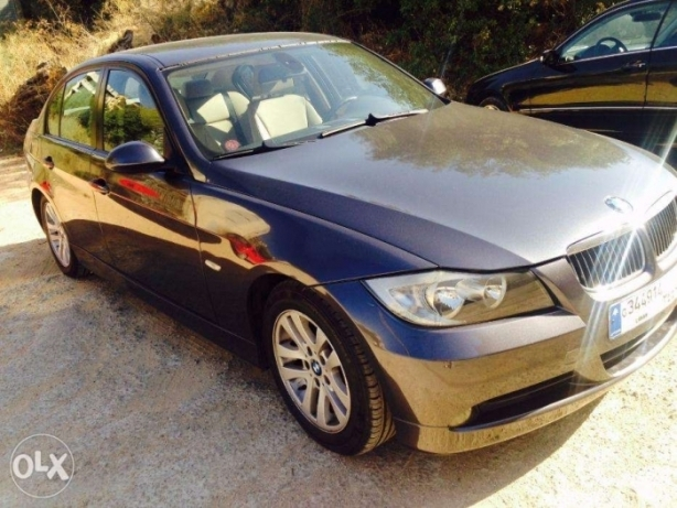 BMW 320 for Sale أشرفية -  2