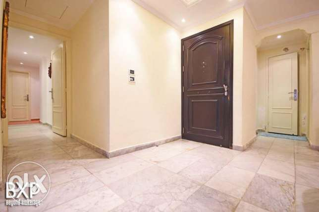 250 SQM Apartment for Rent in Beirut, Raouche AP5365