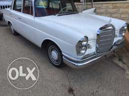 Mercedes Benz, collection car, 220 SE, 6 cylinder, automatic.