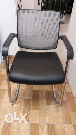 Office Furniture For Sale Like new كسروان -  7