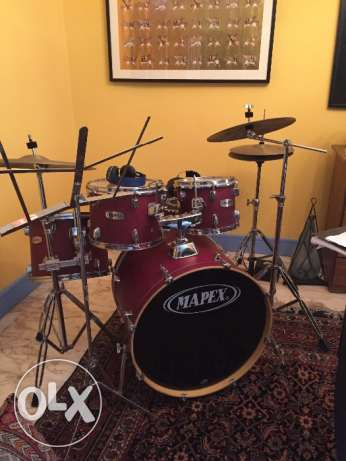 mapex drum set and pads