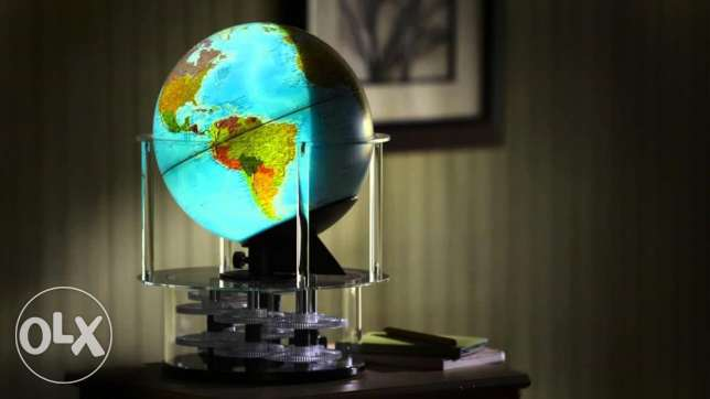 Day n Night Globe with Real Time, Date, Daylight Hours and Seasonal Fe
