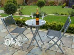 outdoor and indoor Table with 2 chairs