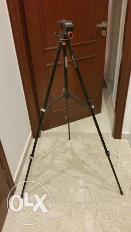 Tripod Slik for sale