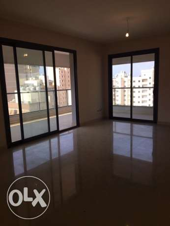 Sanayeh: 250m apartment for rent صنايع -  1
