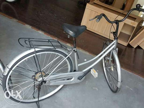 Silver,red,gray etc 27 bicyclesa
