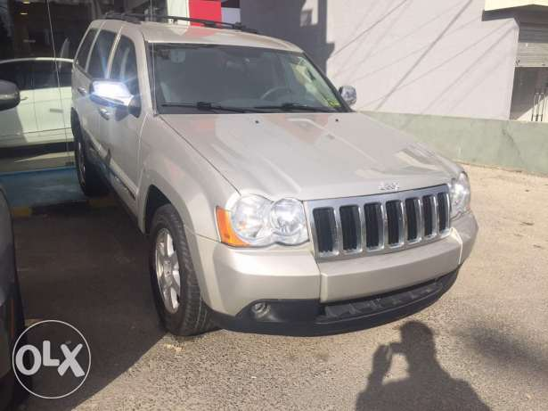 Jeep cheokee model 2010 clean carfax