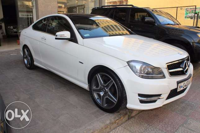 panoramic roof rear camera C250 look AMG white model2012 navigation