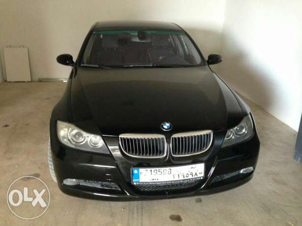 Bmw 320i black/black Full option, 4 cylinders, German origin,sensors فنار -  4