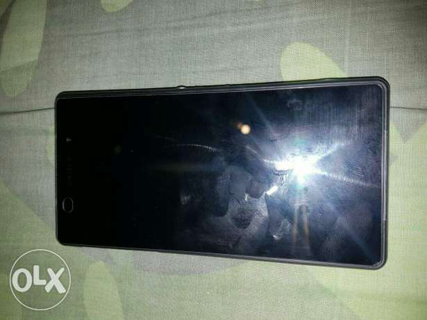 Sony z2 for trade 3a iphone aw samsung w bedfa3 fare2 غبيري -  1