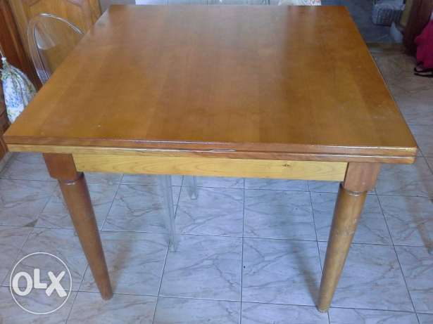 Real bargain kitchen table solid cherry wood 1.5 x 1.5 extendeble 3 m