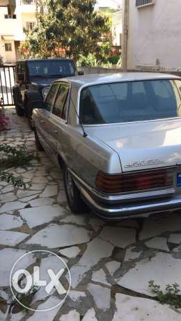 mercedes 450 SEL collection car very clean