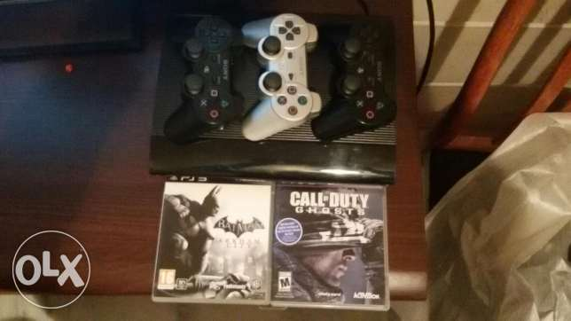 Ps3 for sale with 2 games and 3 joysticks بعبدا -  8
