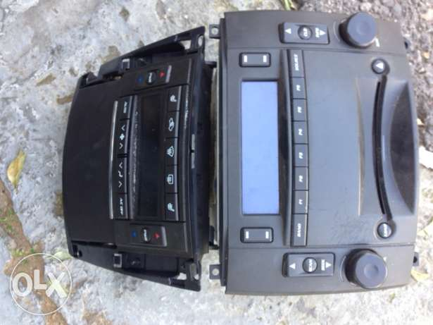 RADIO & CD for cadilac SRX imported