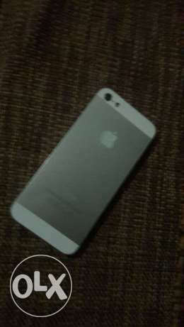 iphone 5 for sale حارة حريك -  4