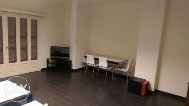 Furnished Apt. in Hamra (makdisi street)2 bedrooms,underground parking راس  بيروت -  2