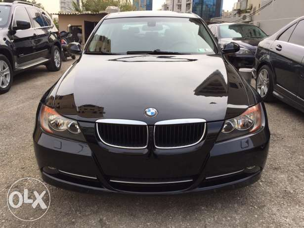 "2008 BMW 328i black/ black 19""rims"