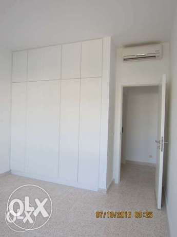 Unfurnished new Apartment For Rent Achrafieh 20th floor أشرفية -  5
