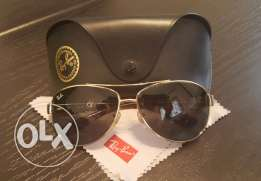 authentic preowned Rayban Sunglasses