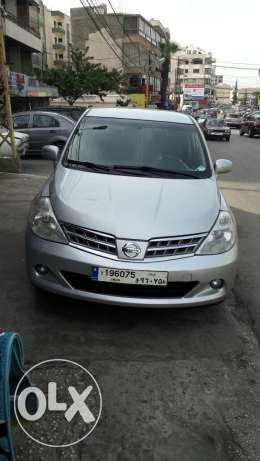 Nissan tiida 2010 full options very clean