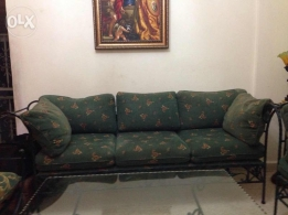 Salon in good condition for sale