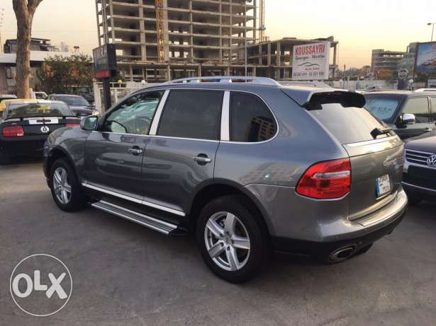 Porsche Cayenne S 2004 Gray with Upgraded Face Lift in Good Condition! بوشرية -  5
