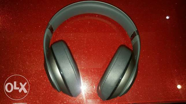ORIGINAL Beats Studio WirelessHeadphone TITANIUM راس  بيروت -  5
