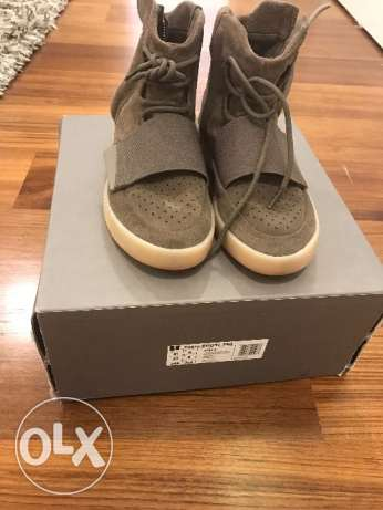 Yeezy 750 chocolate mint condition size 42