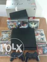 Original Ps3 320GB with 2 Dualshocks and 7 Games