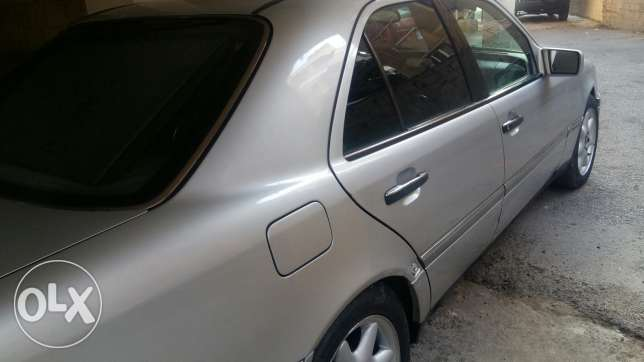 Mercedes For sale ابو سمراء -  3
