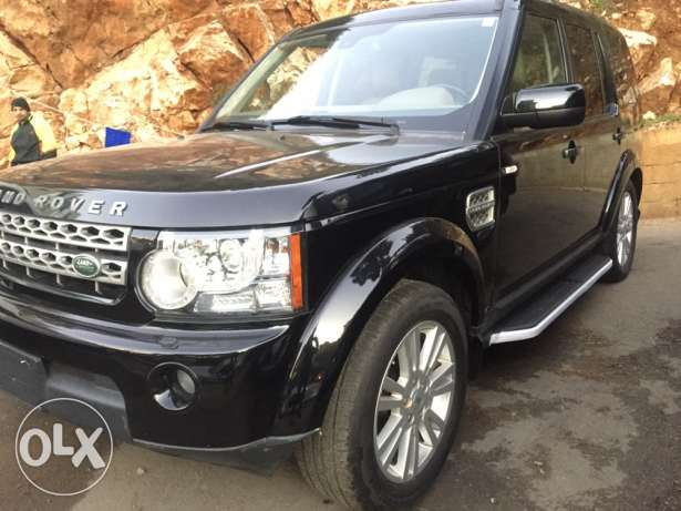land rover lr4 2011 very clean 8cilender